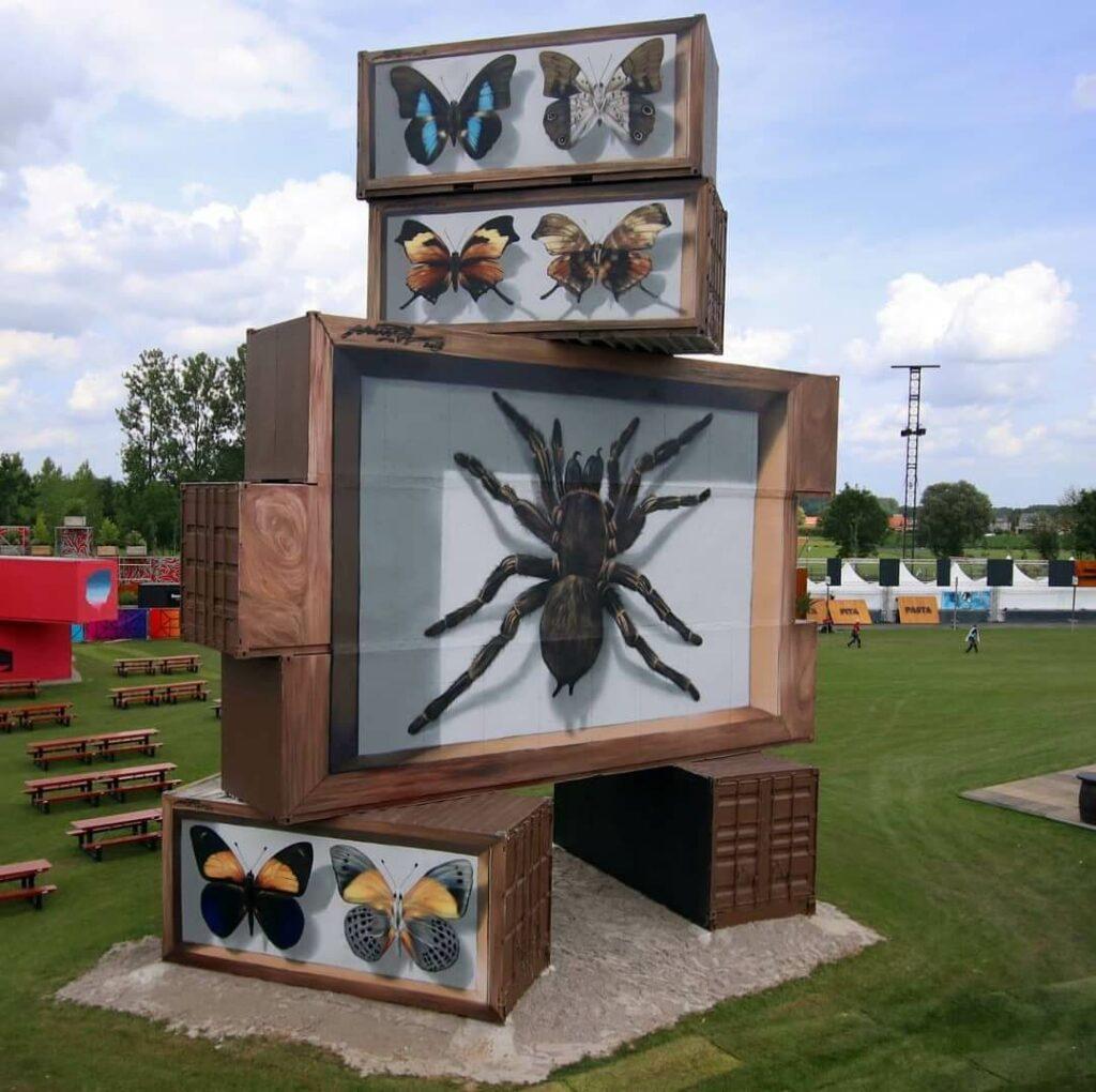 Entomologie moderne, Werchester, Belgium | Butterfly mural by street artist Mantra